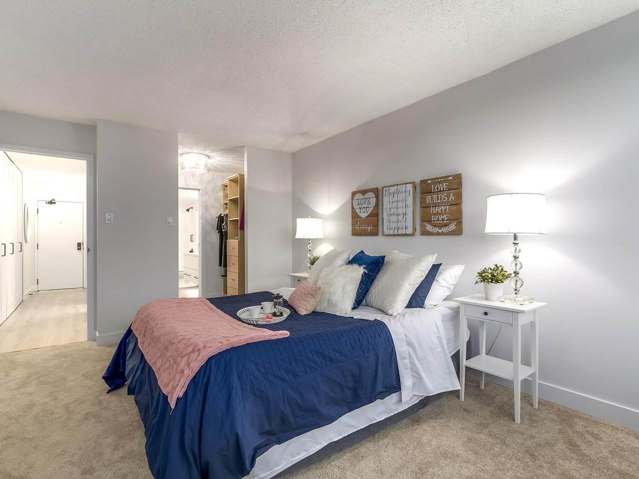 Condo Apartment at 1806 6540 BURLINGTON AVENUE, Unit 1806, Burnaby South, British Columbia. Image 12