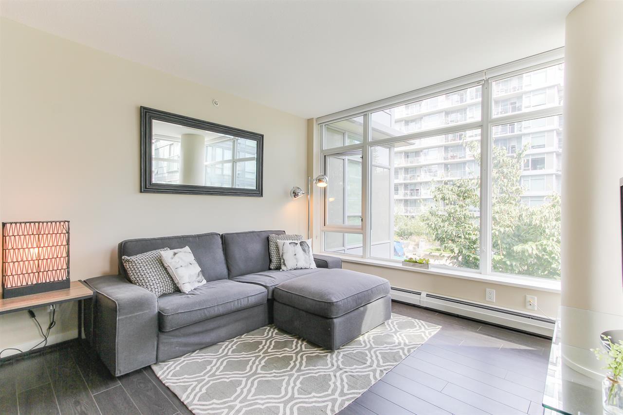 Condo Apartment at 455 168 W 1ST AVENUE, Unit 455, Vancouver West, British Columbia. Image 9