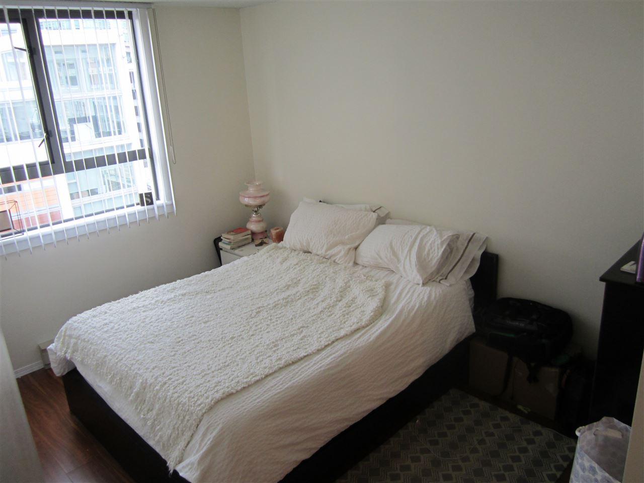 Condo Apartment at 706 789 DRAKE STREET, Unit 706, Vancouver West, British Columbia. Image 10