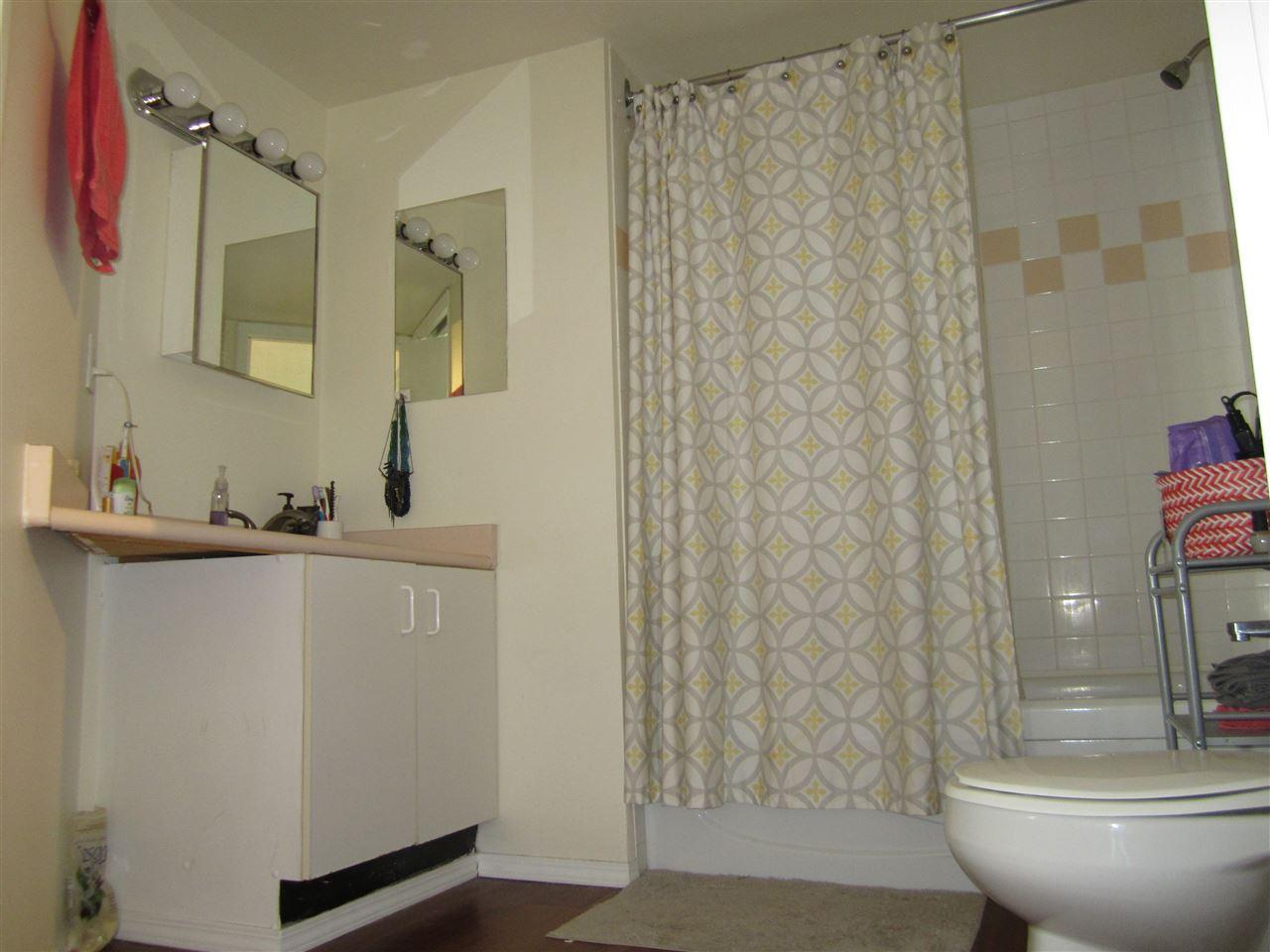 Condo Apartment at 706 789 DRAKE STREET, Unit 706, Vancouver West, British Columbia. Image 11