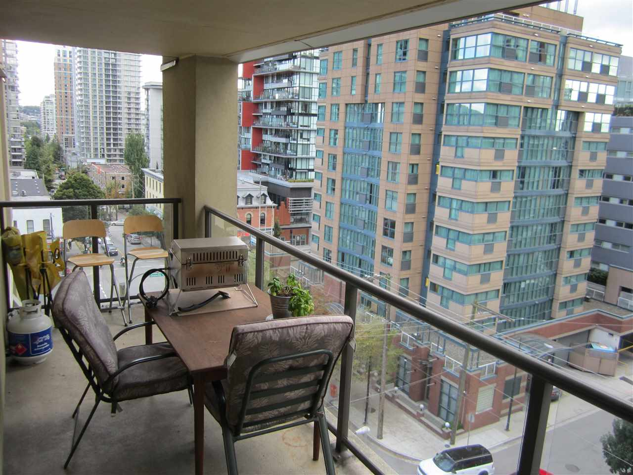 Condo Apartment at 706 789 DRAKE STREET, Unit 706, Vancouver West, British Columbia. Image 12