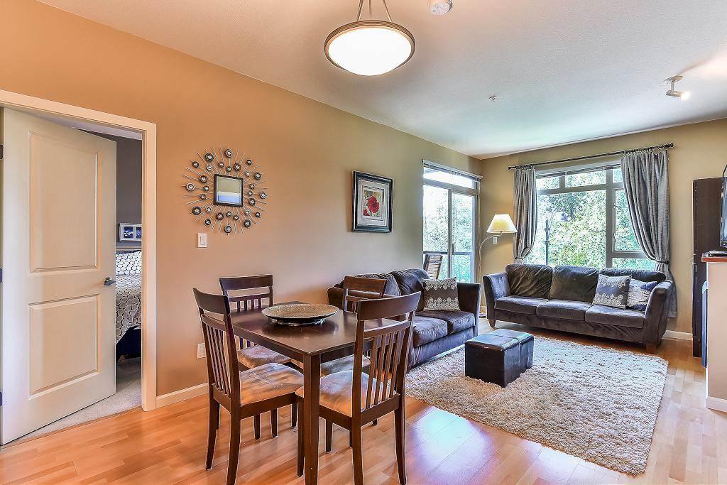 Condo Apartment at 301 100 CAPILANO ROAD, Unit 301, Port Moody, British Columbia. Image 2