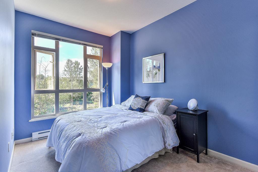 Condo Apartment at 301 100 CAPILANO ROAD, Unit 301, Port Moody, British Columbia. Image 12