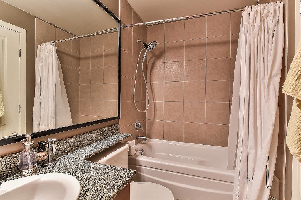 Condo Apartment at 301 100 CAPILANO ROAD, Unit 301, Port Moody, British Columbia. Image 14