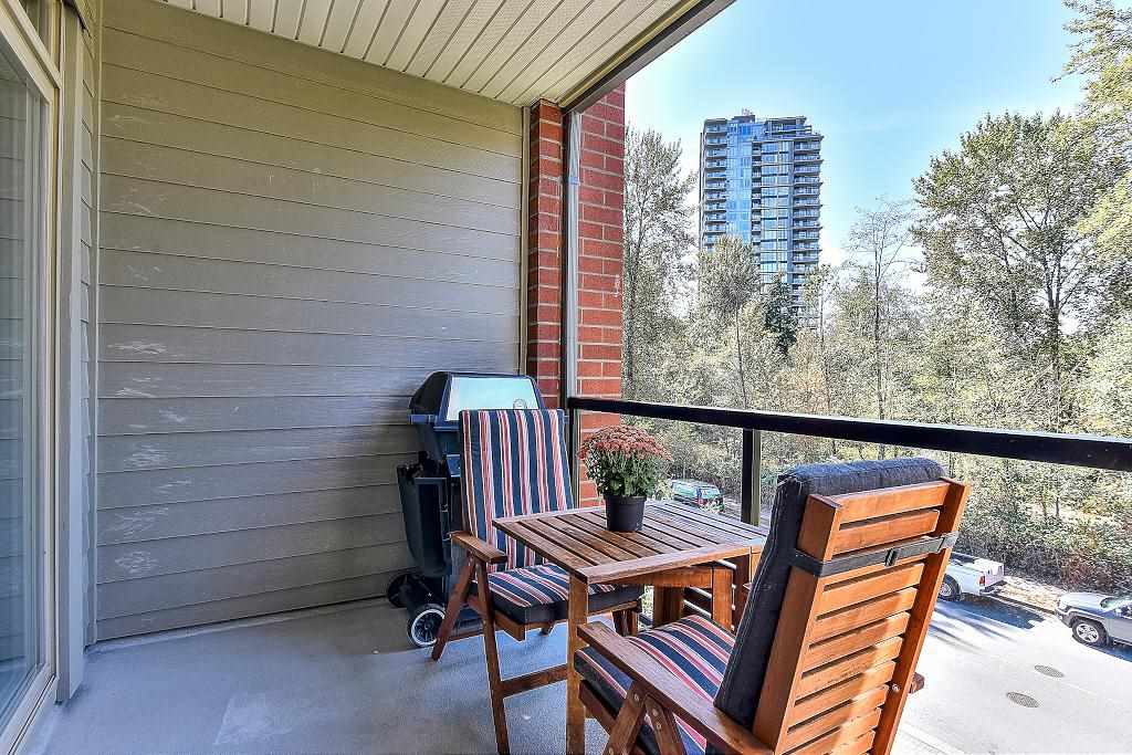 Condo Apartment at 301 100 CAPILANO ROAD, Unit 301, Port Moody, British Columbia. Image 15