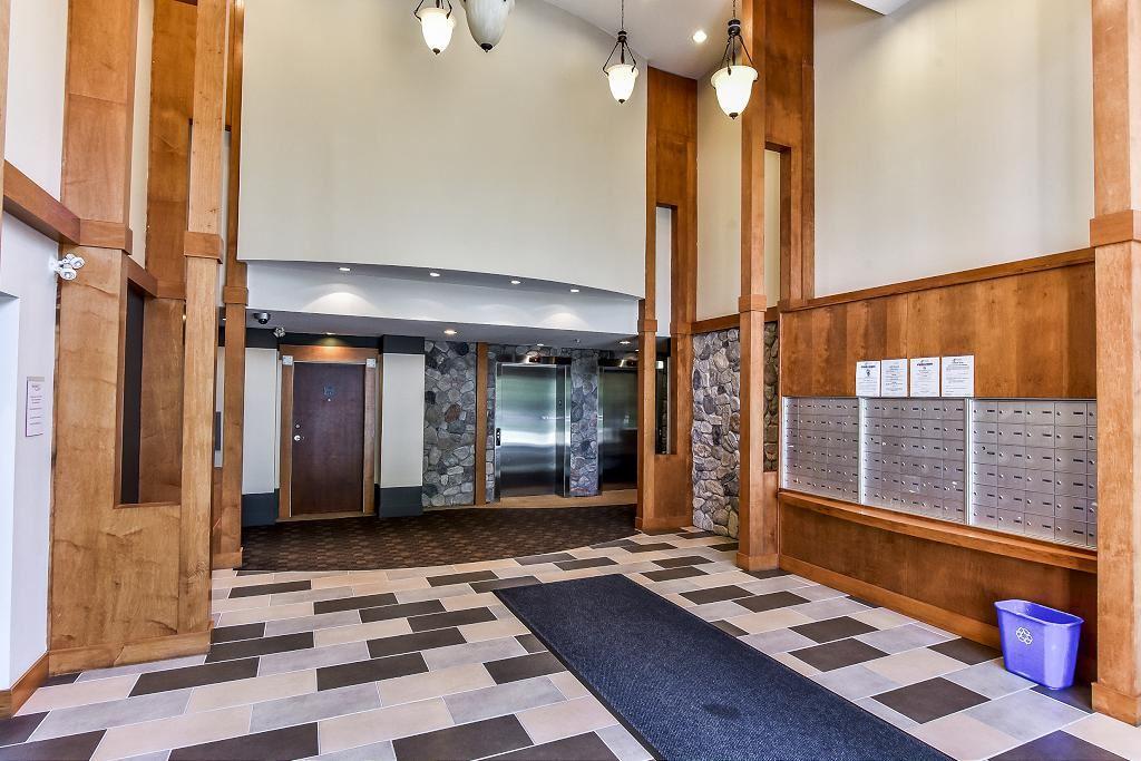 Condo Apartment at 301 100 CAPILANO ROAD, Unit 301, Port Moody, British Columbia. Image 20