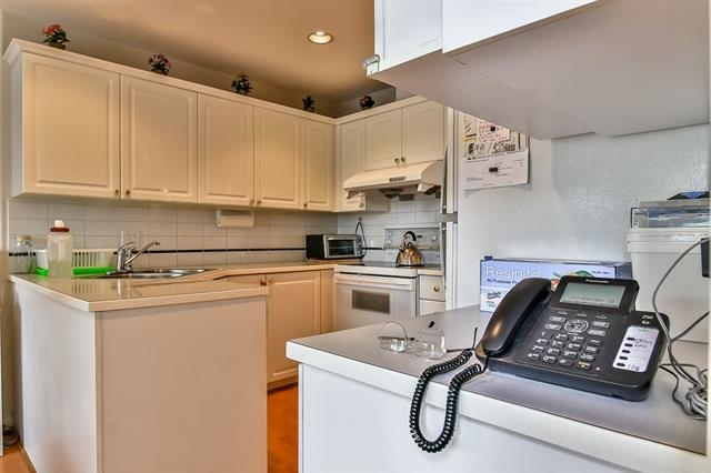 Townhouse at 49 1370 RIVERWOOD GATE, Unit 49, Port Coquitlam, British Columbia. Image 9