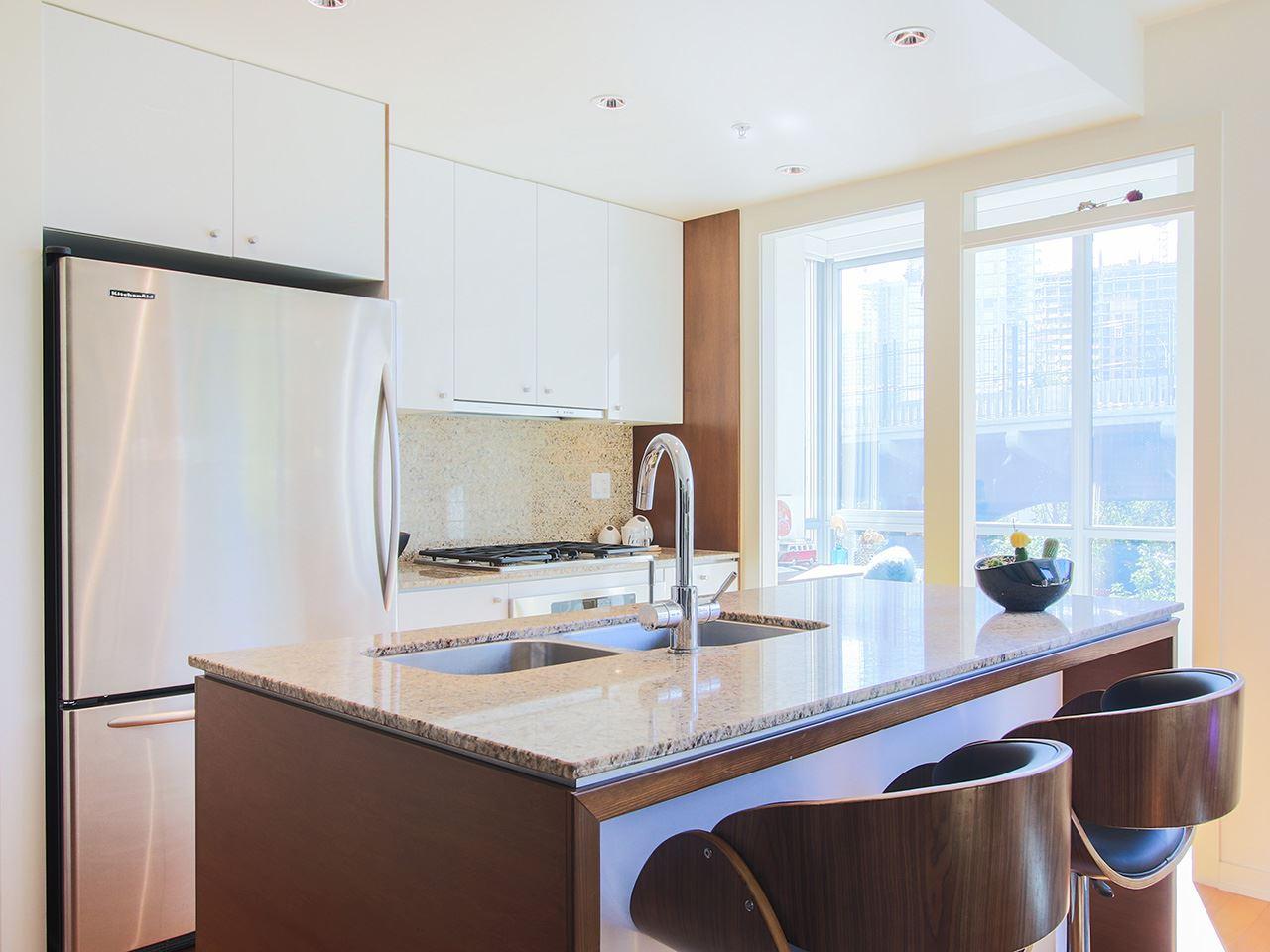 Condo Apartment at 501 1005 BEACH AVENUE, Unit 501, Vancouver West, British Columbia. Image 5