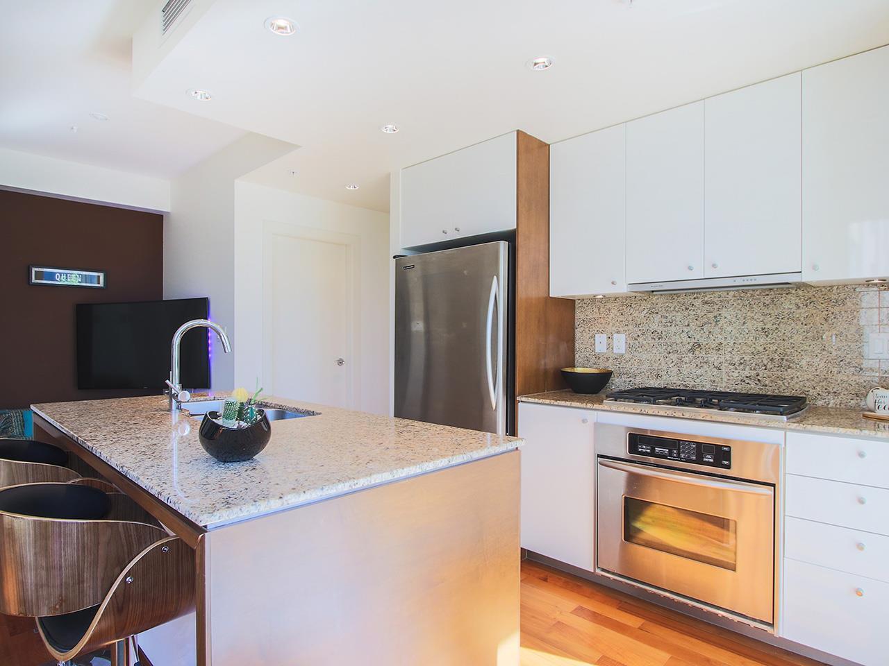 Condo Apartment at 501 1005 BEACH AVENUE, Unit 501, Vancouver West, British Columbia. Image 6