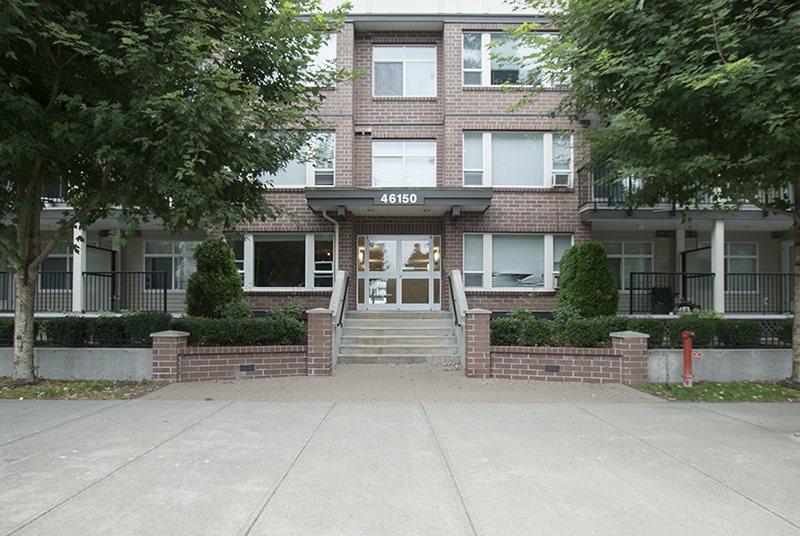 Condo Apartment at 411 46150 BOLE AVENUE, Unit 411, Chilliwack, British Columbia. Image 1
