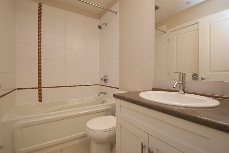 Condo Apartment at 411 46150 BOLE AVENUE, Unit 411, Chilliwack, British Columbia. Image 8