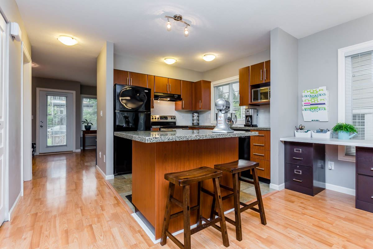 Townhouse at 7 6110 138 STREET, Unit 7, Surrey, British Columbia. Image 5