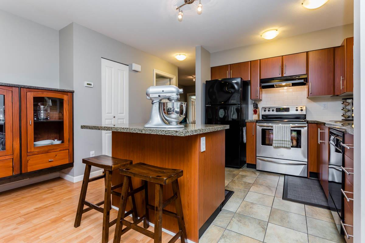 Townhouse at 7 6110 138 STREET, Unit 7, Surrey, British Columbia. Image 6