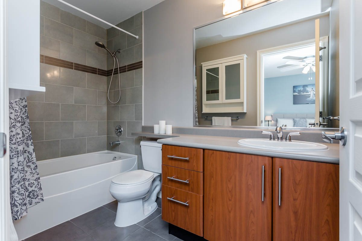 Townhouse at 7 6110 138 STREET, Unit 7, Surrey, British Columbia. Image 14