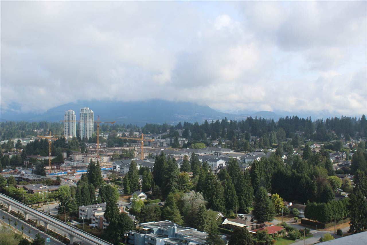 Condo Apartment at 3301 9888 CAMERON STREET, Unit 3301, Burnaby North, British Columbia. Image 2