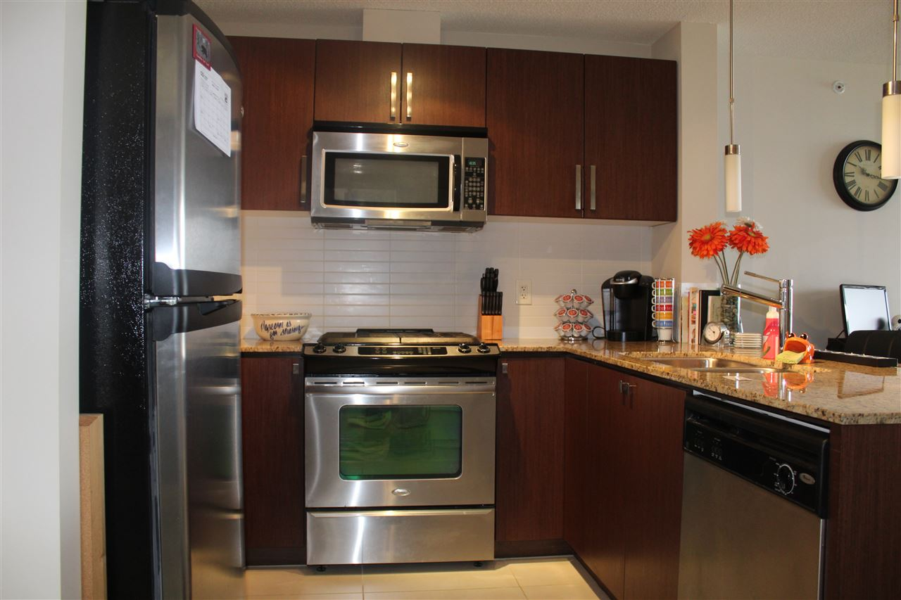 Condo Apartment at 3301 9888 CAMERON STREET, Unit 3301, Burnaby North, British Columbia. Image 4