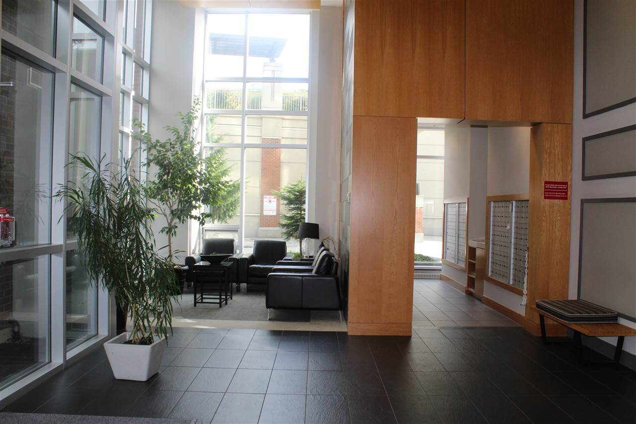 Condo Apartment at 3301 9888 CAMERON STREET, Unit 3301, Burnaby North, British Columbia. Image 9