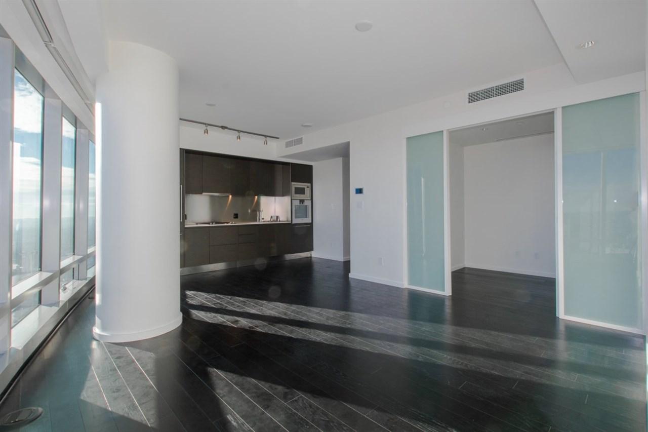 Condo Apartment at 6301 1151 W GEORGIA STREET, Unit 6301, Vancouver West, British Columbia. Image 8