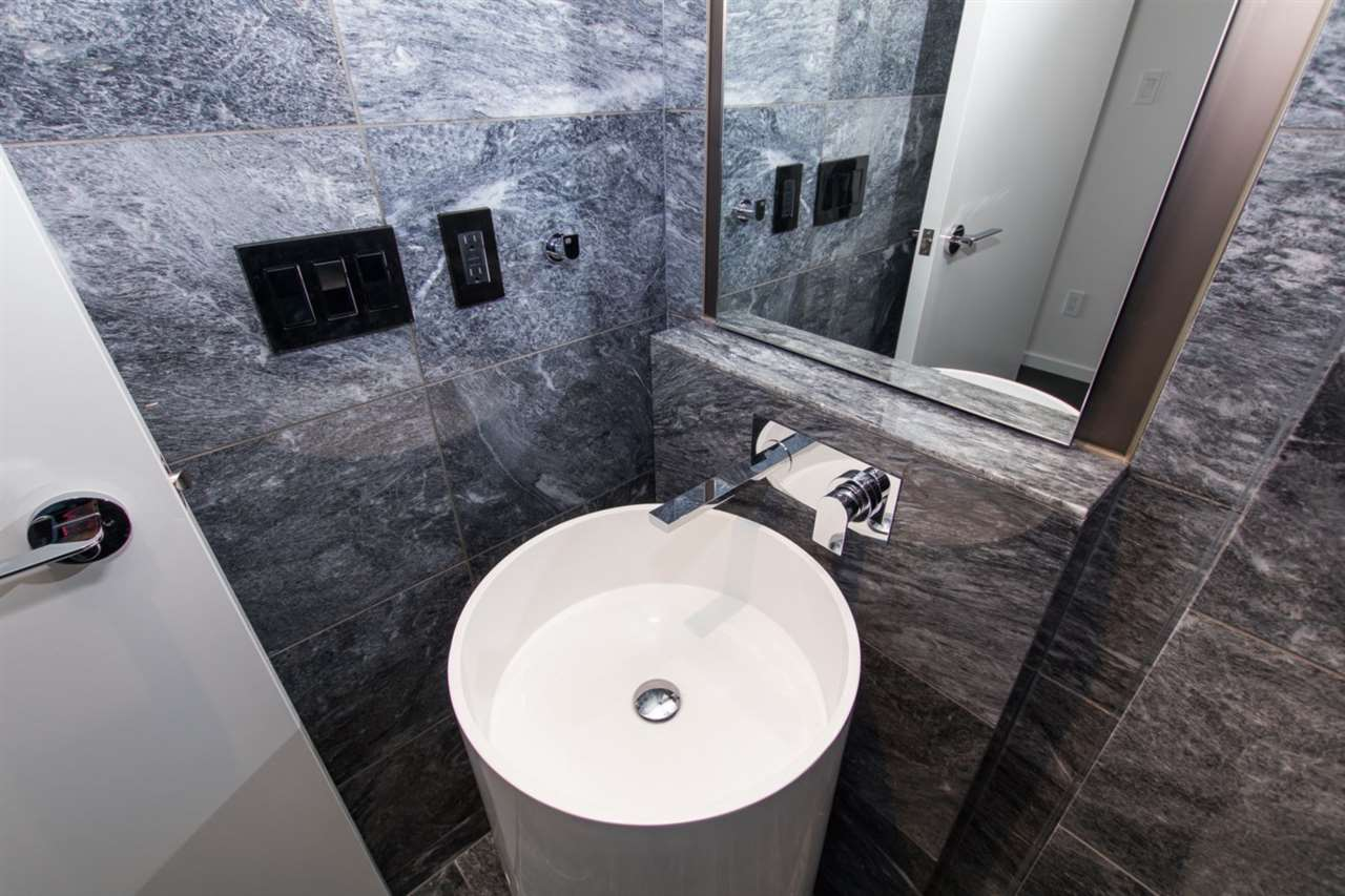 Condo Apartment at 6301 1151 W GEORGIA STREET, Unit 6301, Vancouver West, British Columbia. Image 17