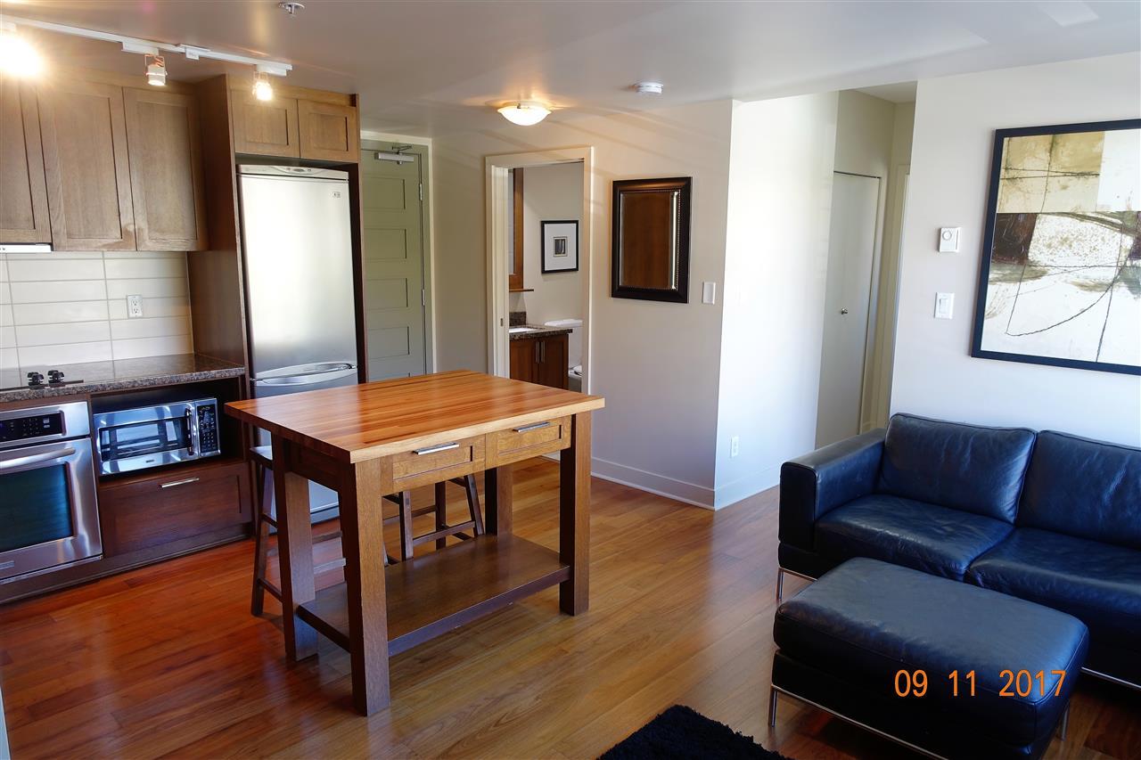 Condo Apartment at 310 2228 W BROADWAY, Unit 310, Vancouver West, British Columbia. Image 2
