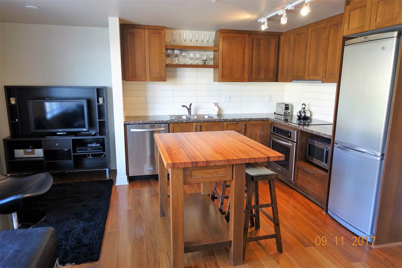 Condo Apartment at 310 2228 W BROADWAY, Unit 310, Vancouver West, British Columbia. Image 3