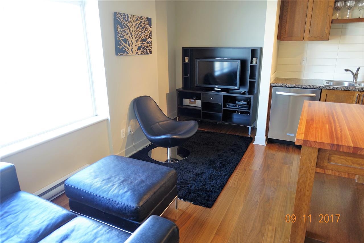 Condo Apartment at 310 2228 W BROADWAY, Unit 310, Vancouver West, British Columbia. Image 4