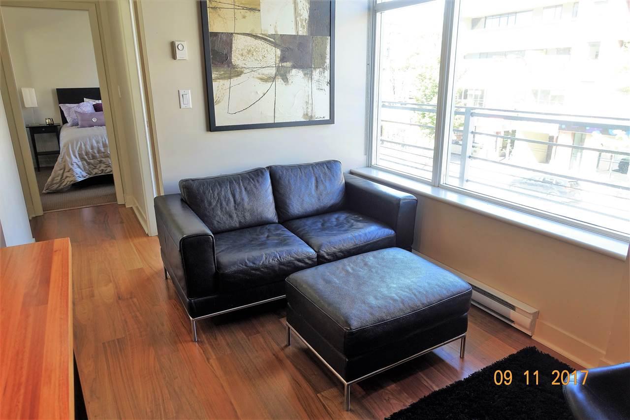 Condo Apartment at 310 2228 W BROADWAY, Unit 310, Vancouver West, British Columbia. Image 5