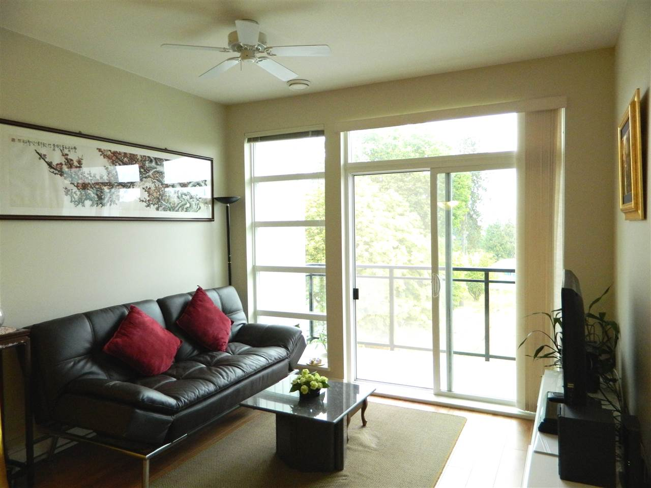 Condo Apartment at 406 9500 ODLIN ROAD, Unit 406, Richmond, British Columbia. Image 4