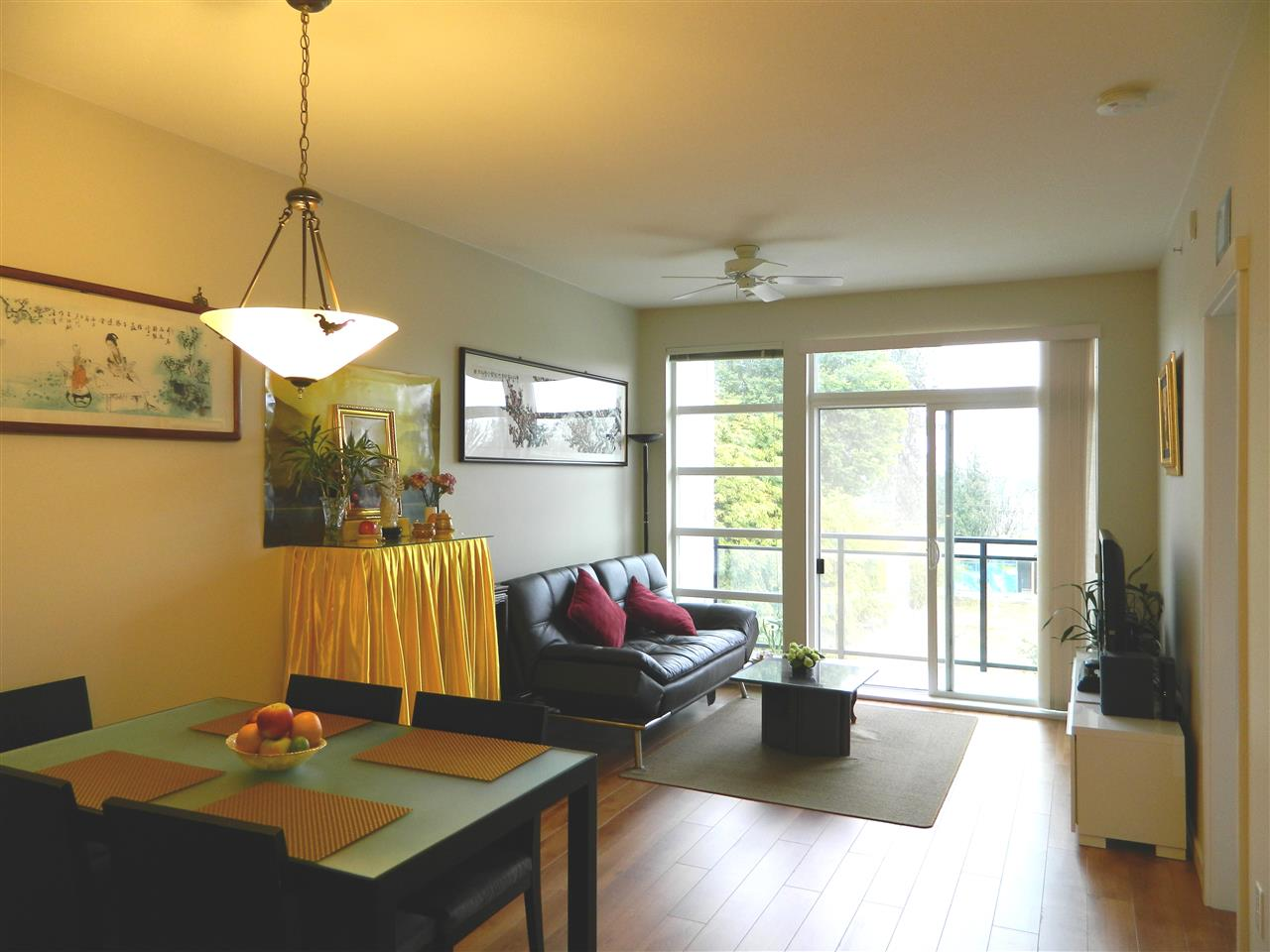 Condo Apartment at 406 9500 ODLIN ROAD, Unit 406, Richmond, British Columbia. Image 5