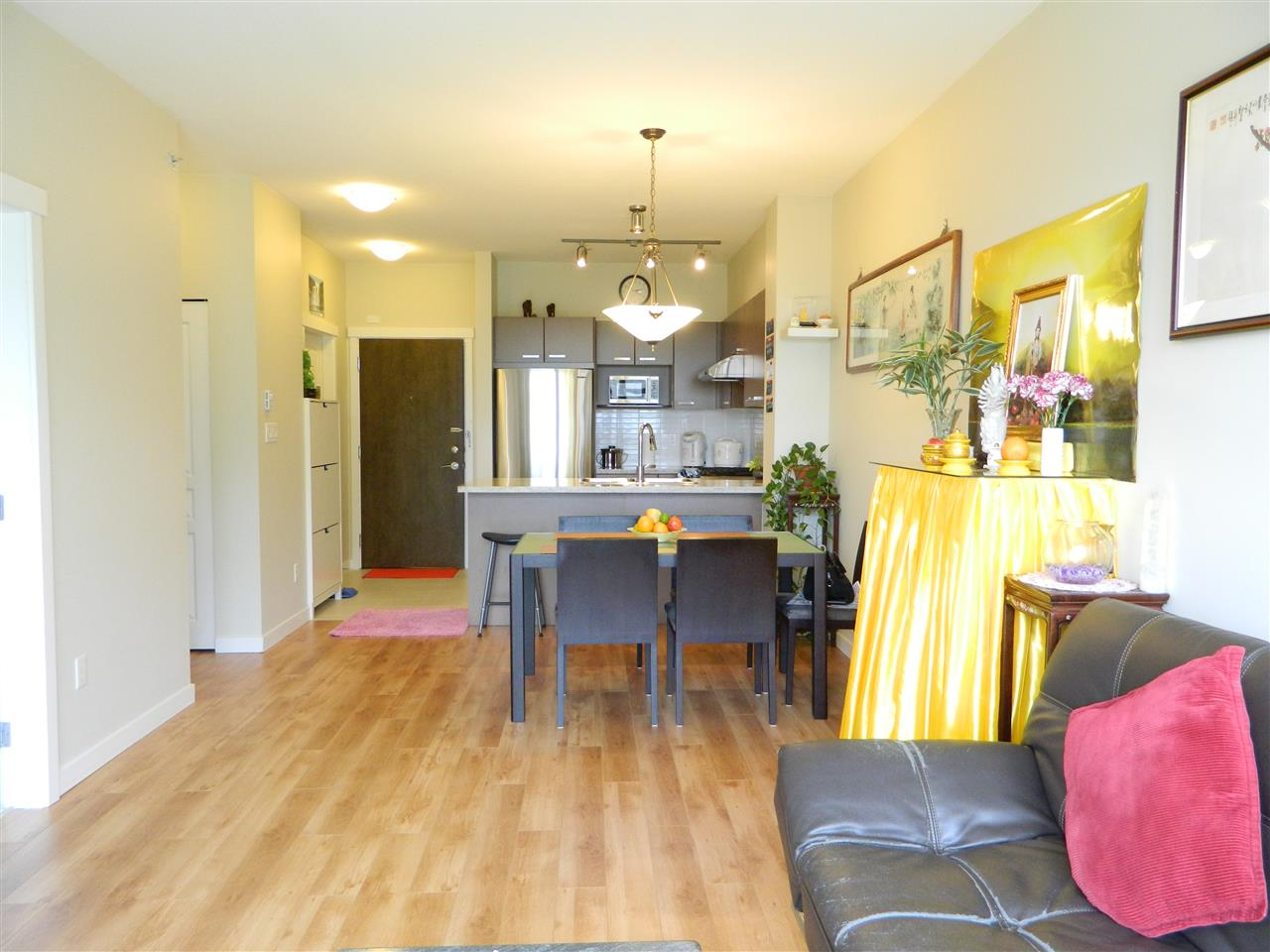 Condo Apartment at 406 9500 ODLIN ROAD, Unit 406, Richmond, British Columbia. Image 6