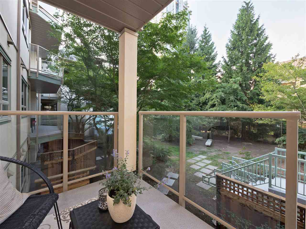 Condo Apartment at 211 1148 WESTWOOD STREET, Unit 211, Coquitlam, British Columbia. Image 17