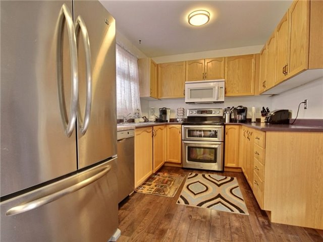Detached at 34 Lucas Ave, Barrie, Ontario. Image 16