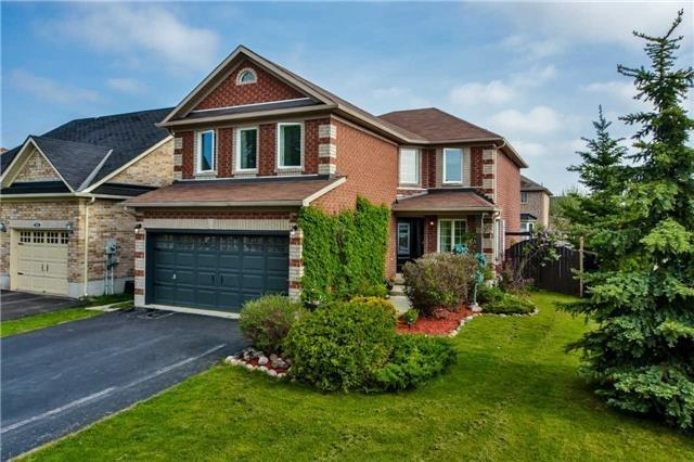 Detached at 85 Brighton Rd N, Barrie, Ontario. Image 1