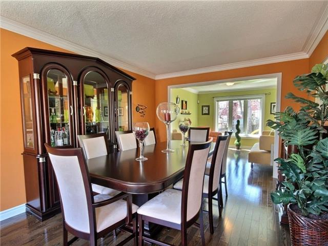 Detached at 22 Thackeray Cres, Barrie, Ontario. Image 16