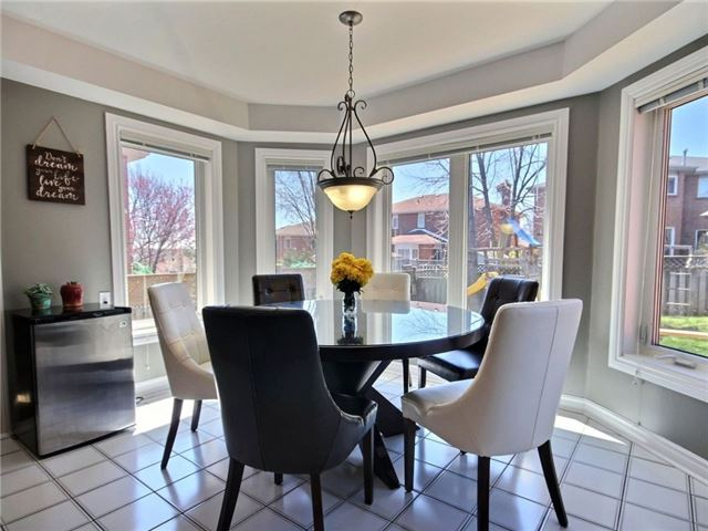 Detached at 22 Thackeray Cres, Barrie, Ontario. Image 20