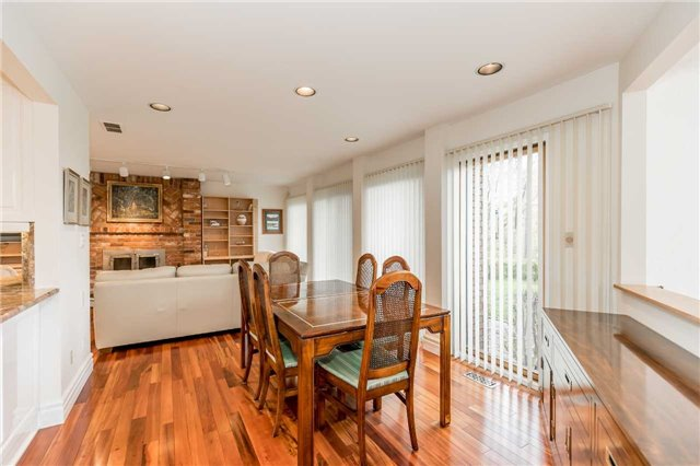 Detached at 77 Berczy St, Barrie, Ontario. Image 16