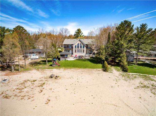Detached at 1496 Tiny Beaches Rd N, Tiny, Ontario. Image 13