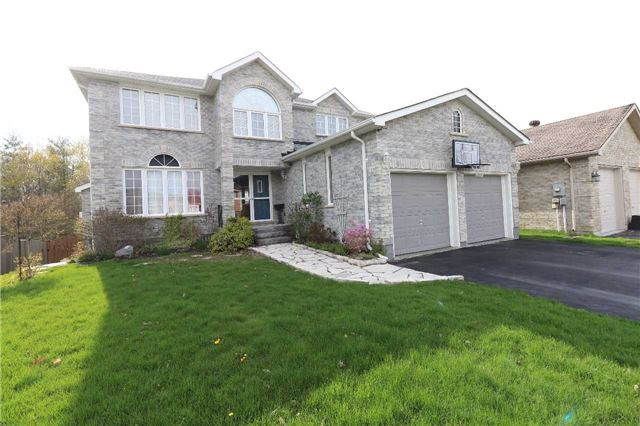 Detached at 63 Grant's Way, Barrie, Ontario. Image 1