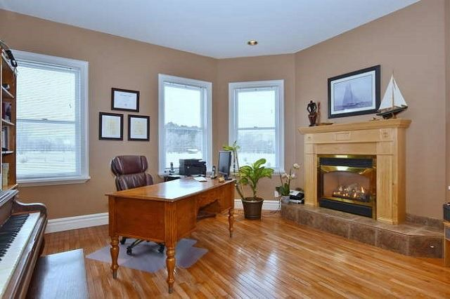 Detached at 7975 Poplar Sdrd, Clearview, Ontario. Image 18
