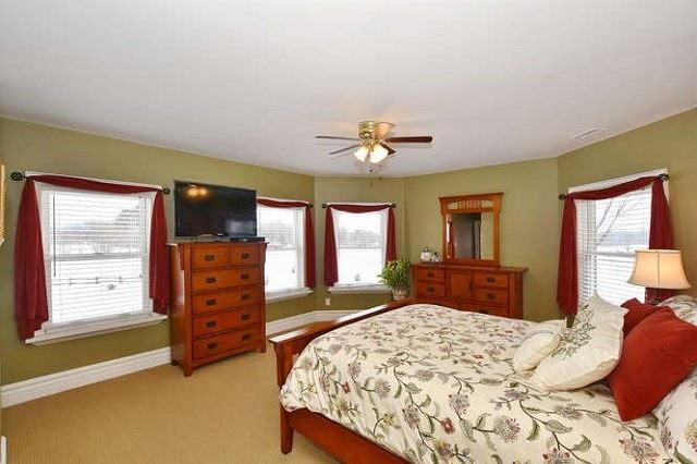 Detached at 7975 Poplar Sdrd, Clearview, Ontario. Image 3