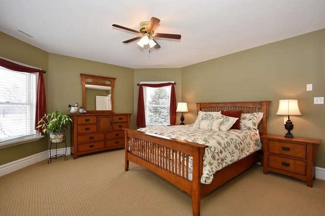 Detached at 7975 Poplar Sdrd, Clearview, Ontario. Image 4