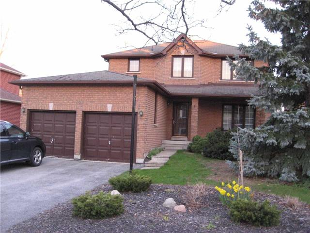Detached at 301 Livingstone St W, Barrie, Ontario. Image 1
