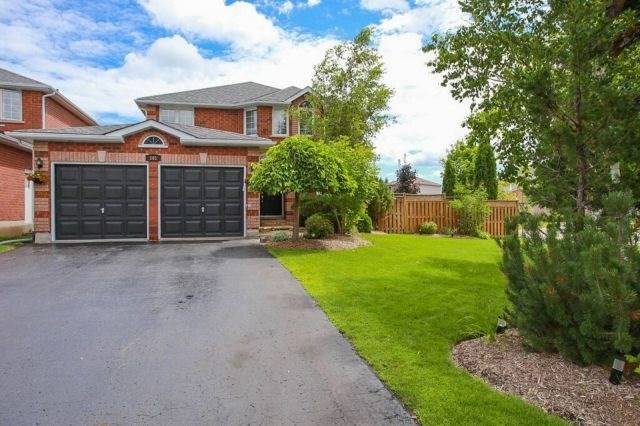 Detached at 101 Ward Dr, Barrie, Ontario. Image 1