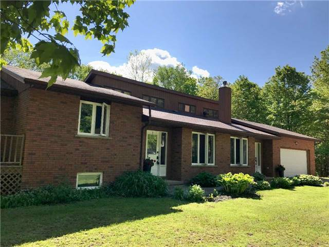 Detached at 2203 Concession 11 S, Clearview, Ontario. Image 9