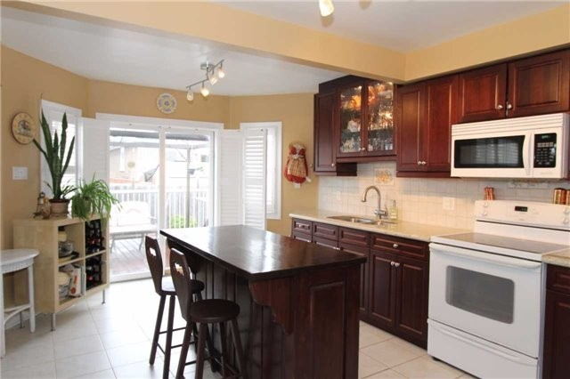 Detached at 100 Sproule Dr, Barrie, Ontario. Image 20