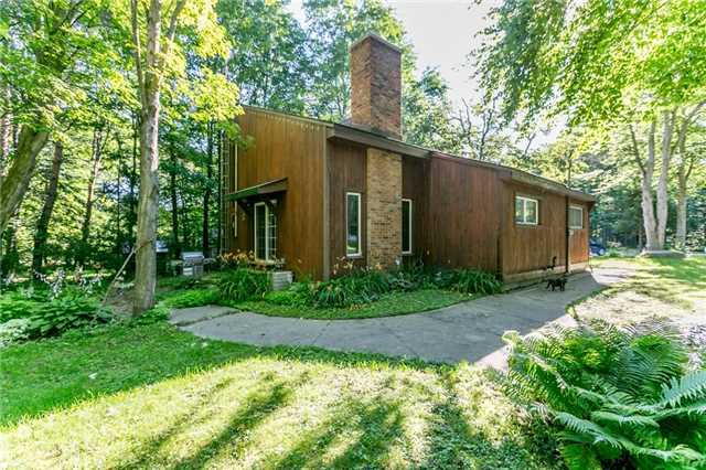 Detached at 22 Slalom Dr, Oro-Medonte, Ontario. Image 1