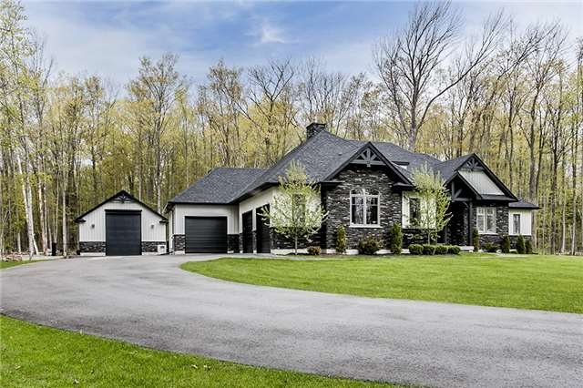 Detached at 46 Windfield Dr W, Oro-Medonte, Ontario. Image 12