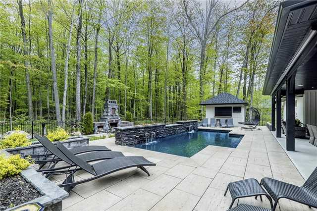 Detached at 46 Windfield Dr W, Oro-Medonte, Ontario. Image 14