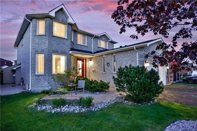 Detached at 68 Grace Cres, Barrie, Ontario. Image 1