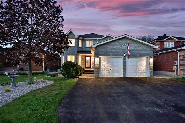 Detached at 68 Grace Cres, Barrie, Ontario. Image 12